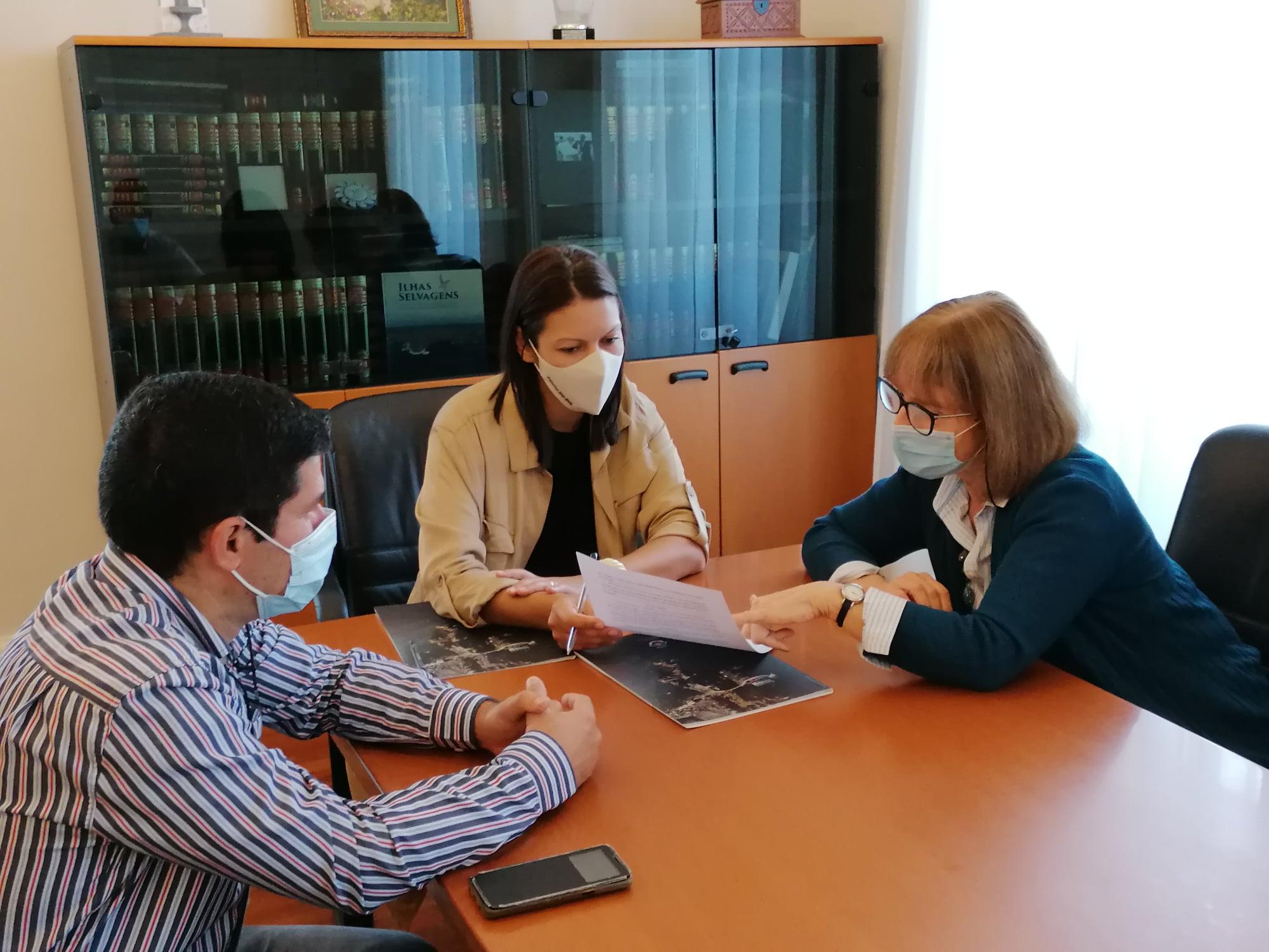 Protocolo de colaboração com a Academia de Línguas da Madeira