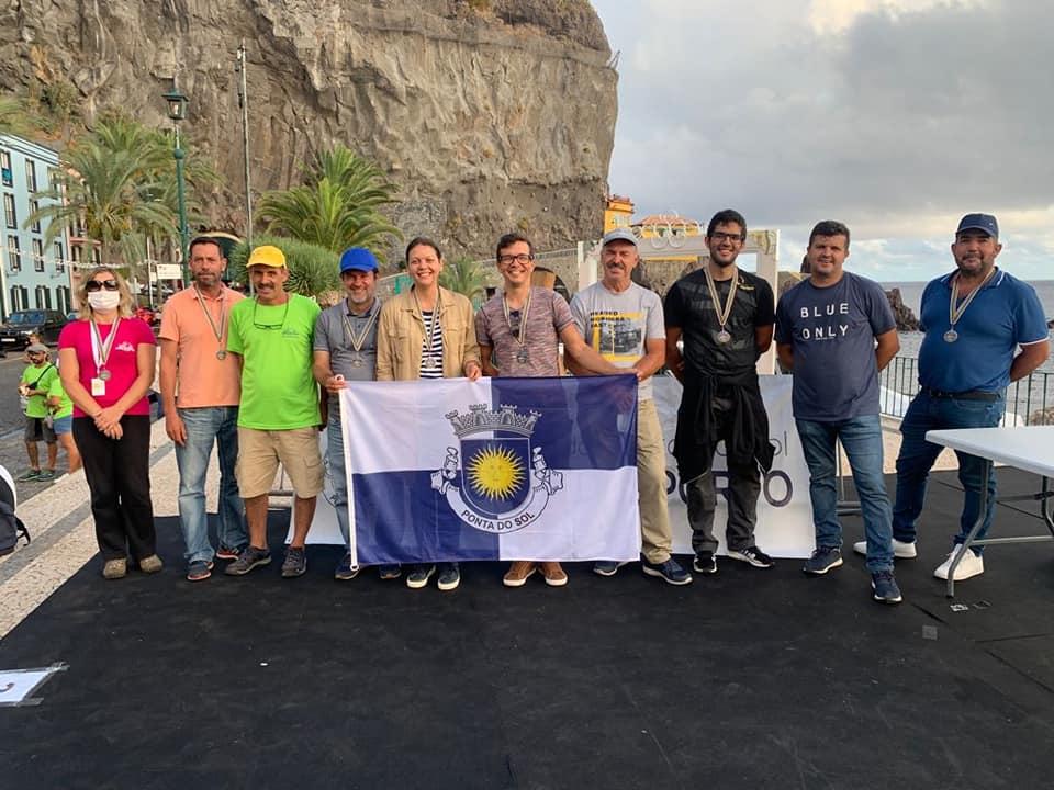Corrida de carros de pau na Ponta do Sol | 55 participantes e 38 viaturas
