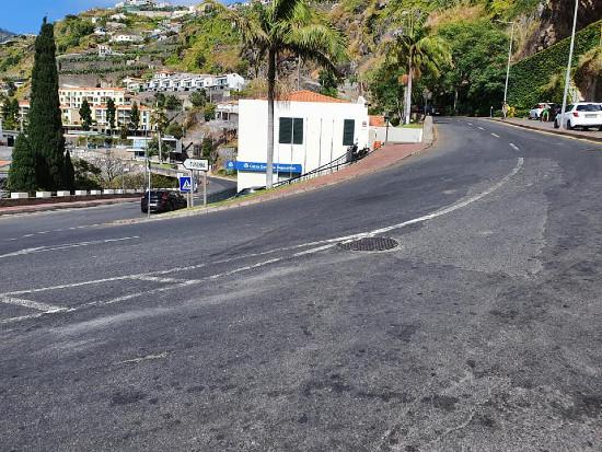 Encerramento de trânsito a veículos pesados na Vila da Ponta do Sol
